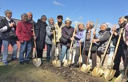 Survivors bearing golden shovels